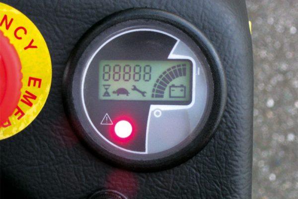 ME-dash-panel-600x400