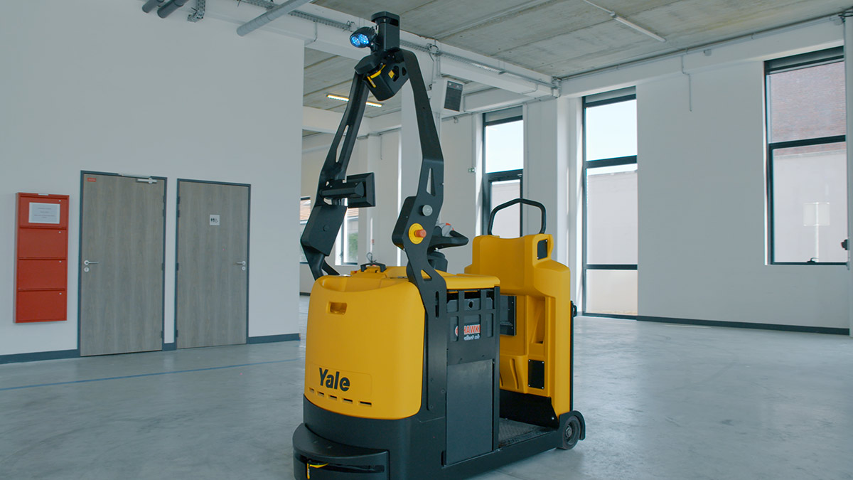 yale-mo-robotizalt-01